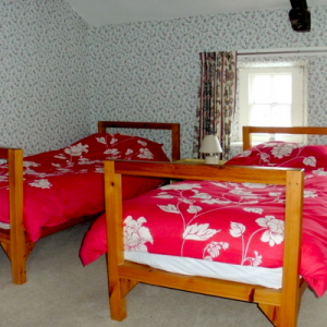 Flitch Cottage bedroom